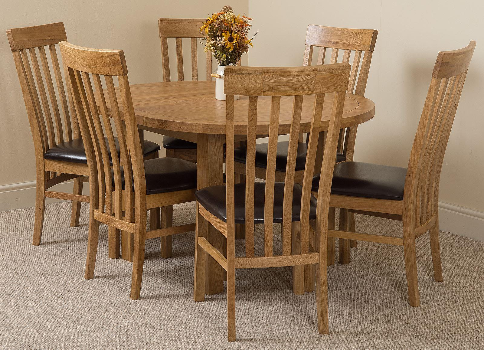 Edmonton Oak Extending Round Dining Table & 6 Harvard Solid Oak Leather Chairs