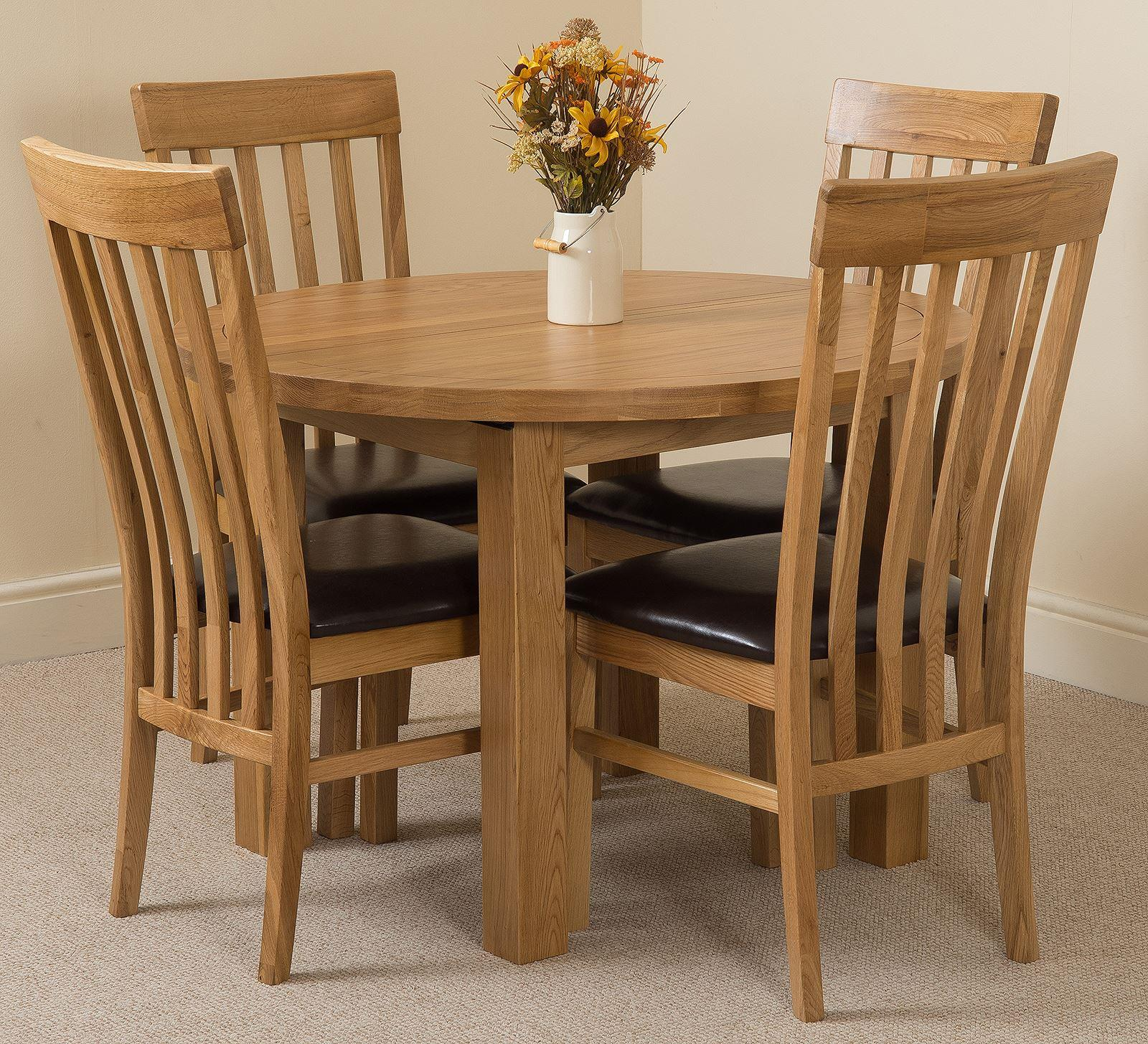Edmonton Oak Extending Round Dining Table & 4 Harvard Solid Oak Leather Chairs