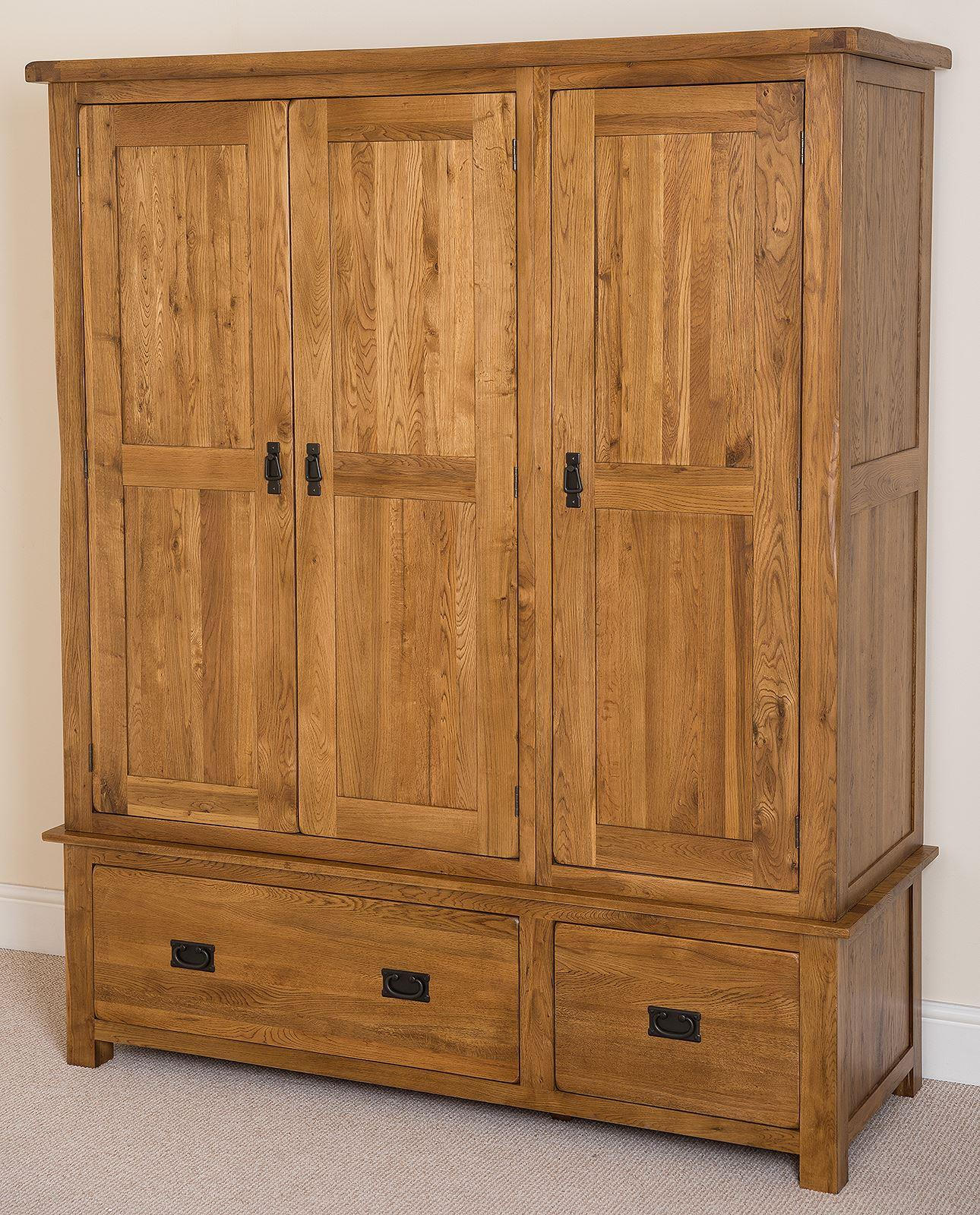 cotswold rustic solid oak triple wardrobe oak furniture king. Black Bedroom Furniture Sets. Home Design Ideas
