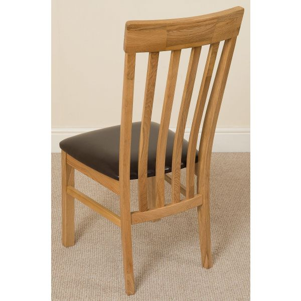 Edmonton Round Oak Dining Set with 4 Harvard Oak Chairs