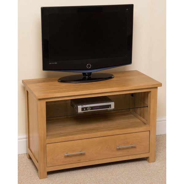 Oslo Solid Oak Small TV Cabinet - Full Size Front