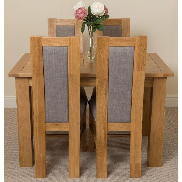 Hampton Small Oak Extending Dining Table with 4 Stanford Oak Chairs